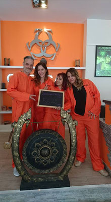 groupe-prisonier
